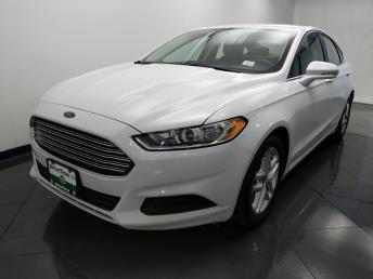2016 Ford Fusion SE - 1330035537
