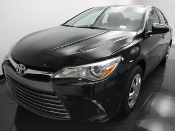2016 Toyota Camry LE - 1330035545