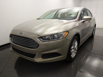 2015 Ford Fusion SE - 1330036565