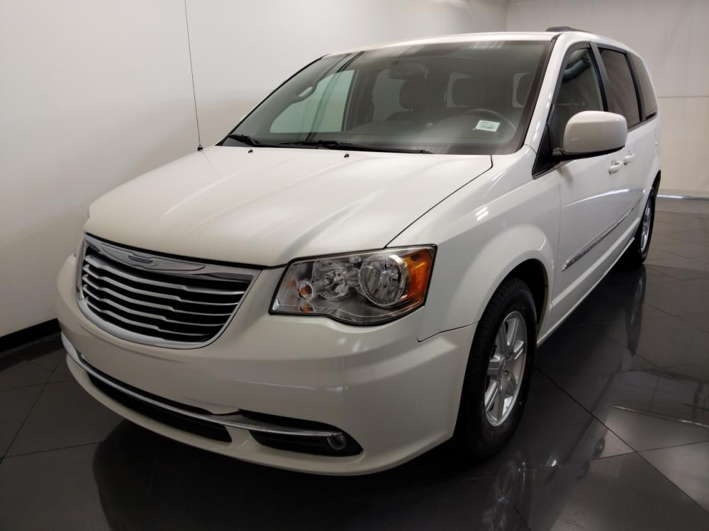 2013 chrysler town and country touring for sale in st louis 1330036954 drivetime. Black Bedroom Furniture Sets. Home Design Ideas