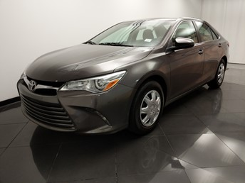 2016 Toyota Camry LE - 1330037714