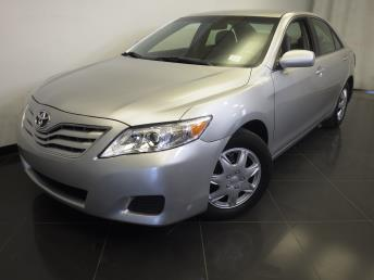 2010 Toyota Camry LE - 1370034092
