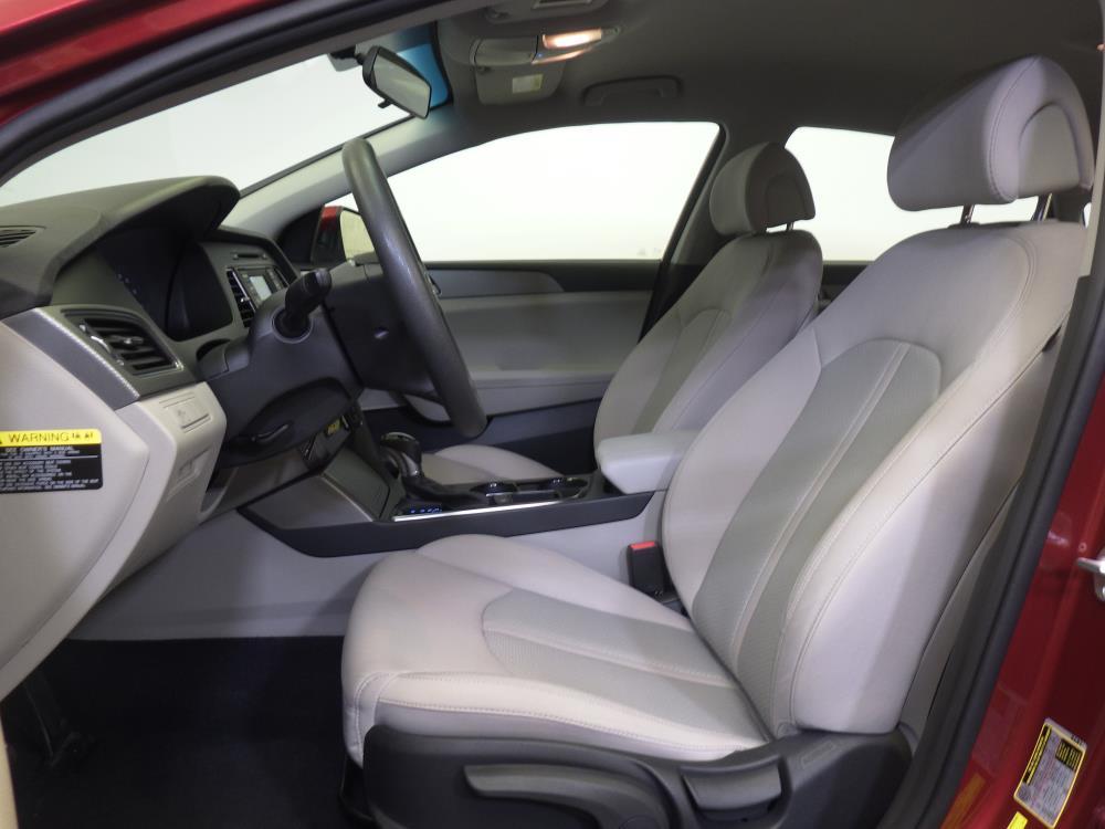 2015 Hyundai Sonata SE - 1370035400