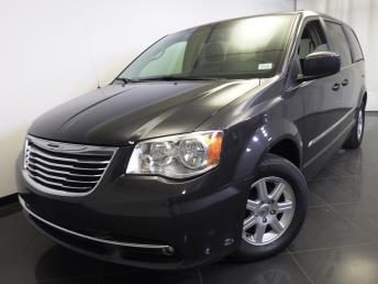 2012 Chrysler Town and Country Touring - 1370035779
