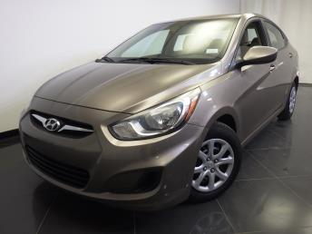 2012 Hyundai Accent GLS - 1370036092