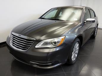 2014 Chrysler 200 Limited - 1370036136