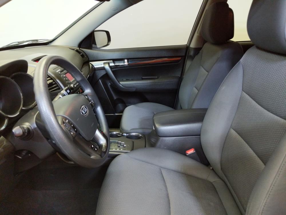 2012 Kia Sorento LX - 1370036348