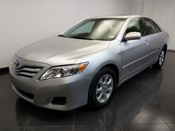 2011 Toyota Camry LE - 1370036504