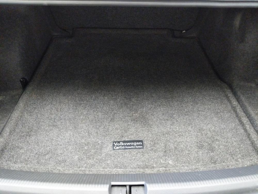2012 Volkswagen Passat 2.5L S - 1370036517