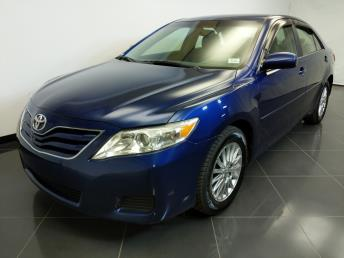 2010 Toyota Camry LE - 1370037545