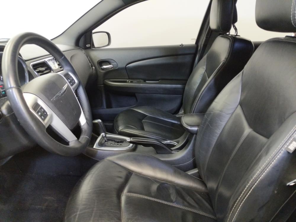 2013 Chrysler 200 Limited - 1370038612
