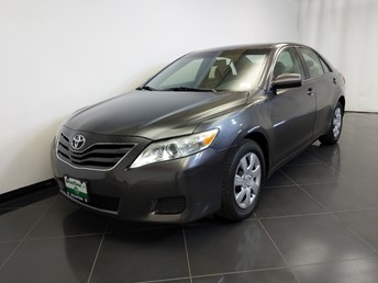 2011 Toyota Camry LE - 1370039441
