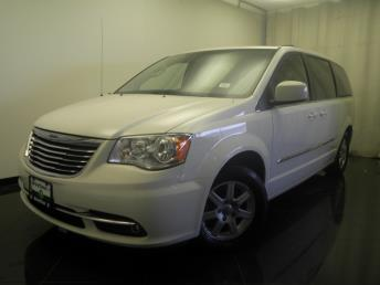 2011 Chrysler Town and Country - 1380025771