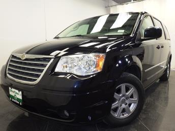 2010 Chrysler Town and Country - 1380029656