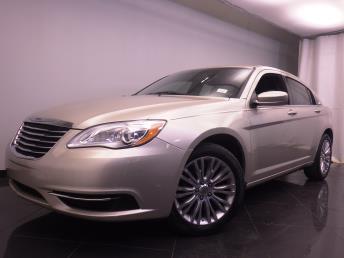 2013 Chrysler 200 - 1380033047