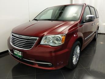 2012 Chrysler Town and Country Limited - 1380038620