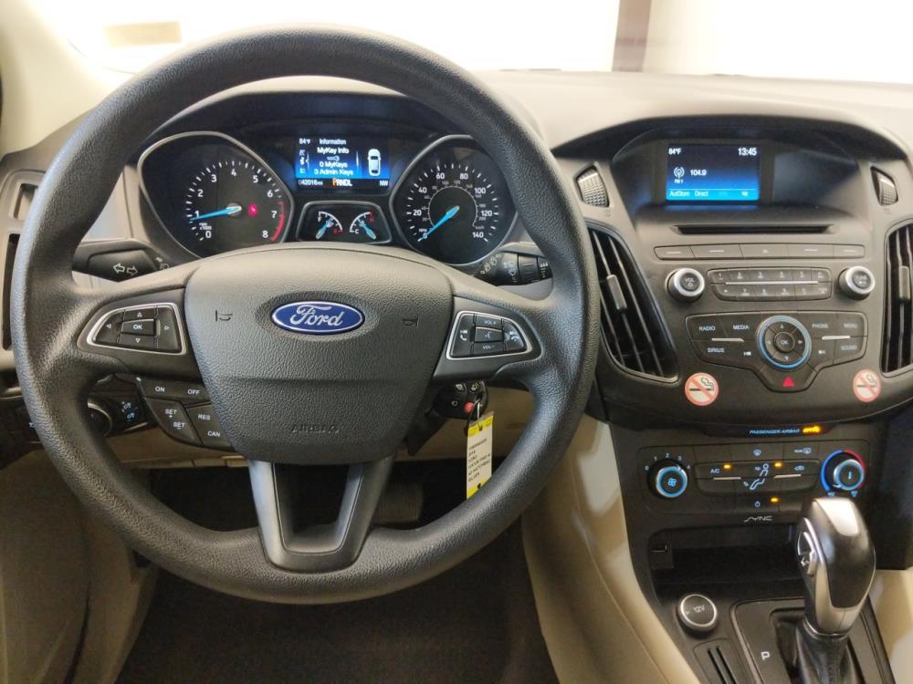 2016 Ford Focus SE - 1380040225