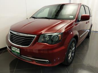 2014 Chrysler Town and Country S - 1380040930