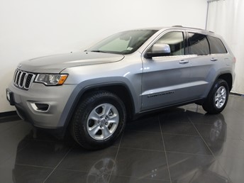2017 Jeep Grand Cherokee Laredo - 1380042929