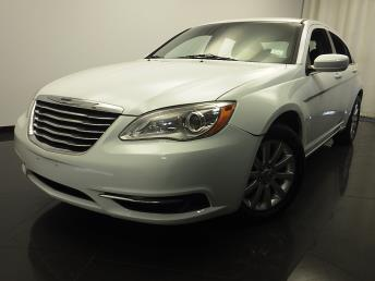 2013 Chrysler 200 - 1420018127