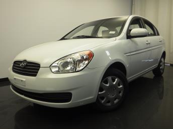 2011 Hyundai Accent - 1420018908