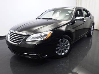2013 Chrysler 200 - 1420022108