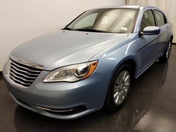 2014 Chrysler 200 LX - 1420028024