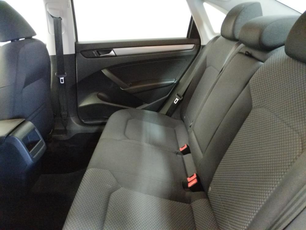 2013 Volkswagen Passat 2.5L S - 1420029607