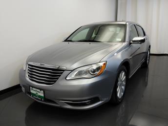 2013 Chrysler 200 Limited - 1420030013