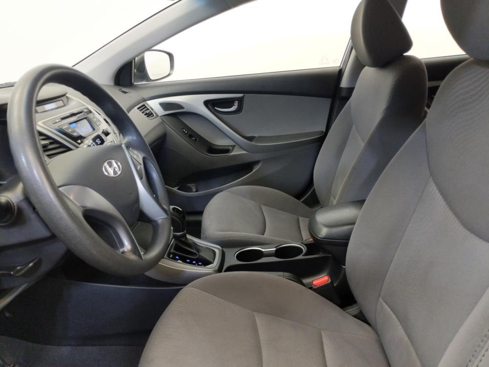 2016 Hyundai Elantra SE - 1420030079