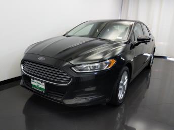 2015 Ford Fusion SE - 1420030415