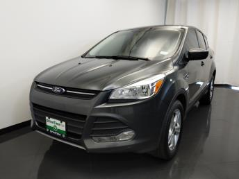 2015 Ford Escape SE - 1420030420