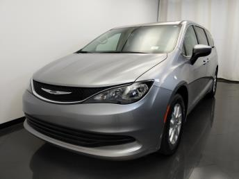 2017 Chrysler Pacifica Touring - 1420030427