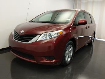2012 Toyota Sienna LE - 1420030734