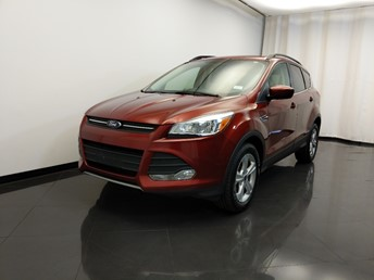 2015 Ford Escape SE - 1420031026