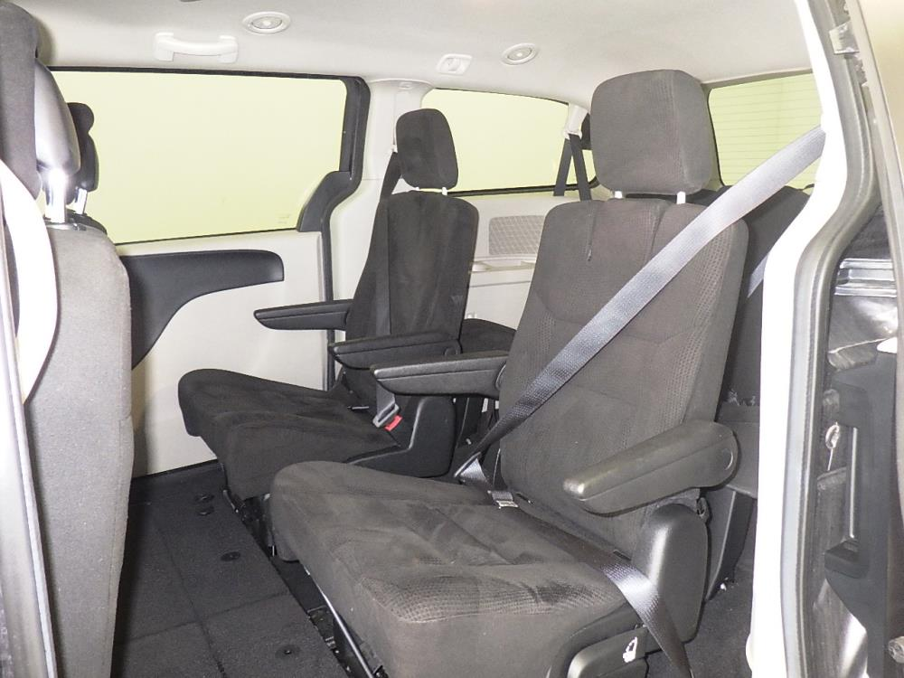 2016 Dodge Grand Caravan SXT - 1530013717
