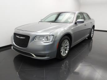 Used 2017 Chrysler 300