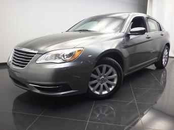 2013 Chrysler 200 - 1580001009