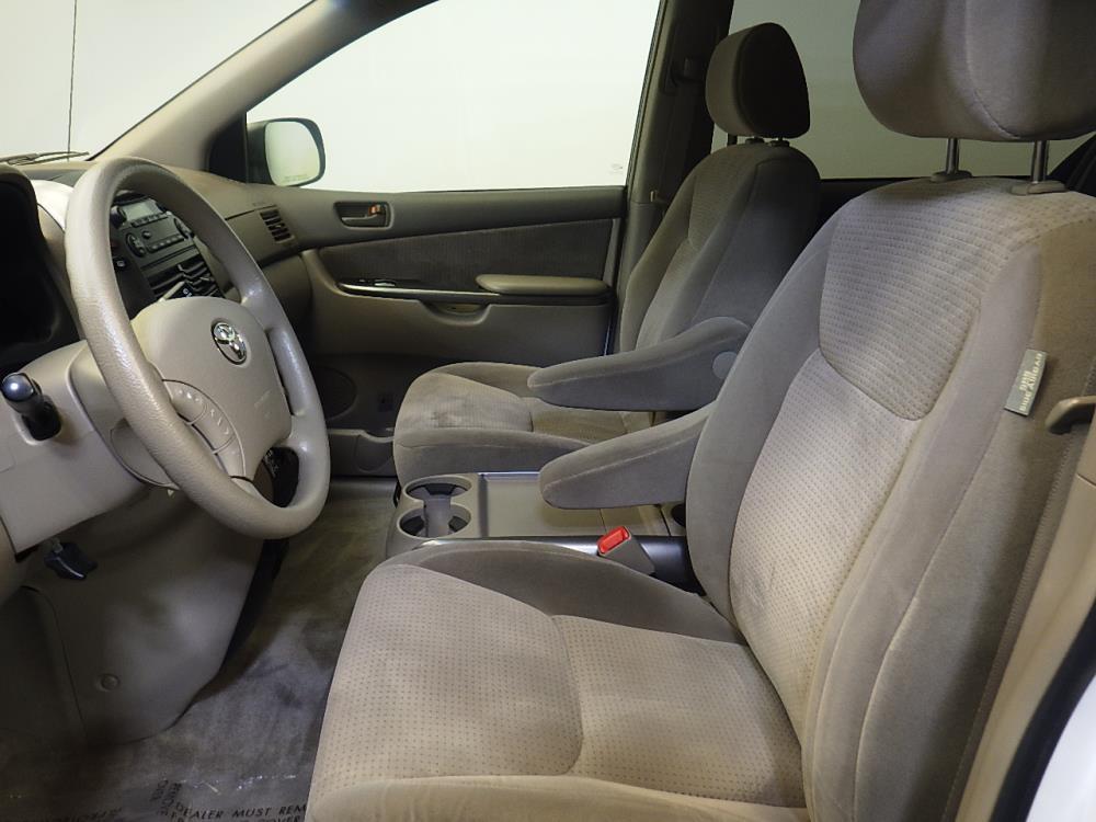 Used 2007 Toyota Sienna LE