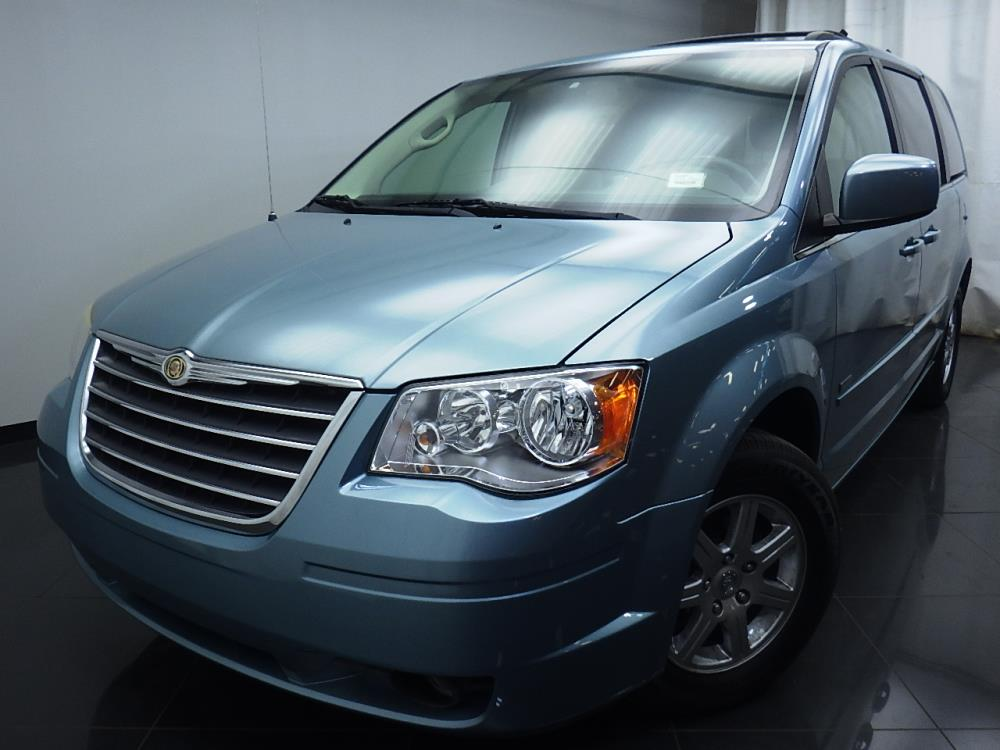 2008 Chrysler Town and Country - 1580005487