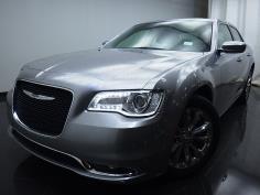2015 Chrysler 300 300 Limited