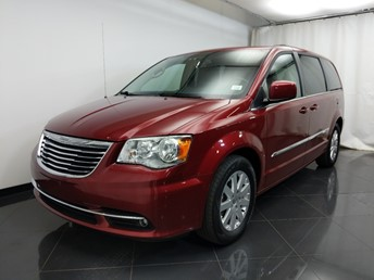 2013 Chrysler Town and Country Touring - 1580008656