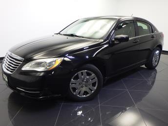 2011 Chrysler 200 - 1660008252