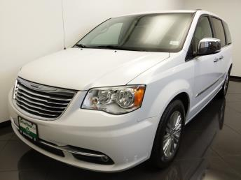 2016 Chrysler Town and Country Anniversary Edition - 1660013433