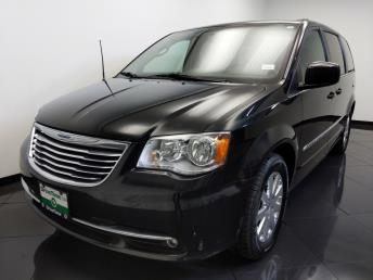 2016 Chrysler Town and Country Touring - 1660013521