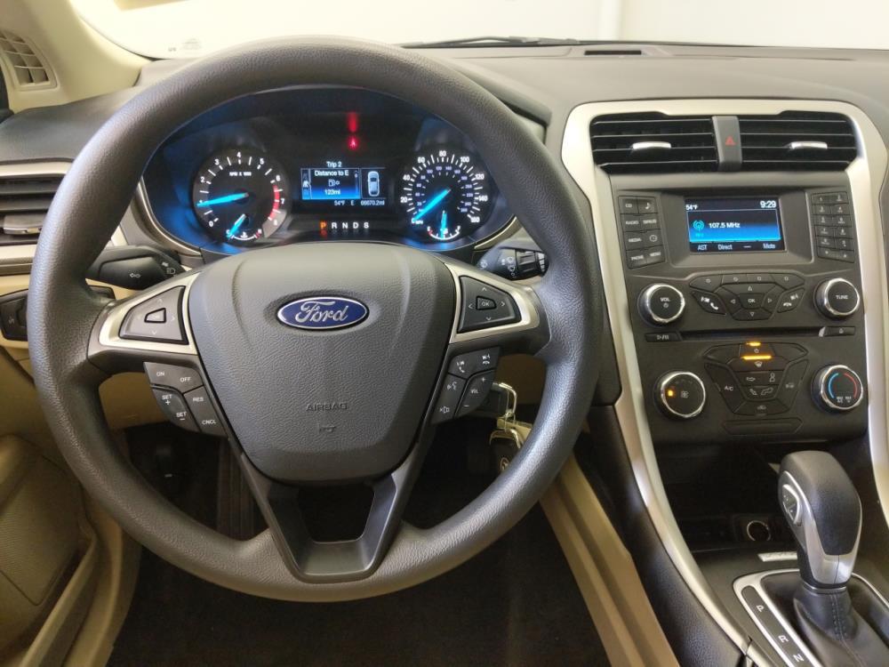 2016 Ford Fusion SE - 1670009555