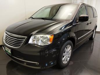 2013 Chrysler Town and Country Touring - 1670009585