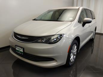 Used 2017 Chrysler Pacifica