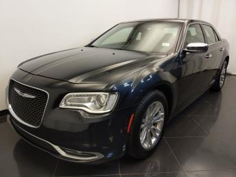 2016 Chrysler 300 300C - 1720002792
