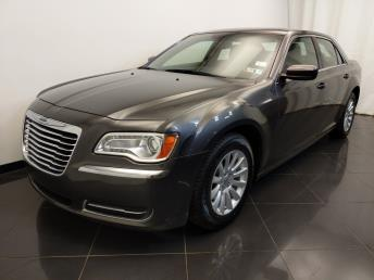 2014 Chrysler 300 300 - 1720003040